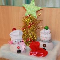 Новогодние поделки «Подарок под елку»