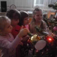 Фотоотчет о проекте «Скоро-скоро к нам придёт долгожданный Новый год!»