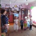 «Волшебные конфеты для мамы» Сценарий праздника, посвящённый к Международному женскому Дню 8 Марта (для детей 4–6 лет)