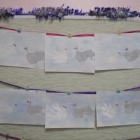Конспект ООД по нетрадиционному рисованию ладошками в первой младшей группе «Жили у бабуси два веселых гуся»