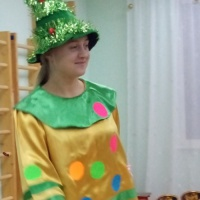 Новогоднее развлечение для детей младшего возраста (3–4 года) «Прощание с ёлочкой»