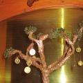 Мое хобби— цветы и деревья из бисера