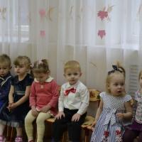 Праздник-развлечение «Осень в гости к нам пришла» (первая младшая группа)