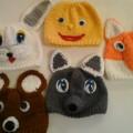 Мы артисты. Вязаные шапочки-маски для сказки «Колобок»