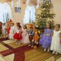 Сценарий Новогоднего утренника в младшей группе