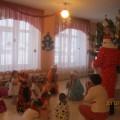 Сценарий развлечения «Песней, пляской и весельем встретим с вами Новый год» (первая младшая группа)
