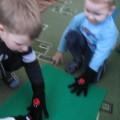 Дидактическая игра для детей младшего дошкольного возраста «Волшебные перчатки»