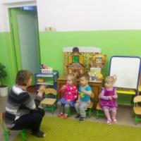 Консультация для педагогов «Этапы работы над потешкой в младшей группе»