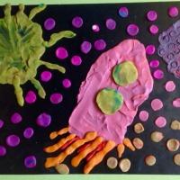 Фотоотчет о выставке творческих работ детей ко Дню космонавтики «Ждут нас быстрые ракеты»