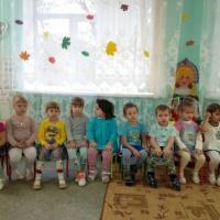 Сценарий осеннего праздника для второй младшей группы «Собачка Жучка в гостях у малышей»