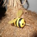 Мастер-класс— поделка на детскую площадку «Улей и карусель для пчёл»