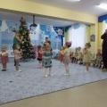 Развлечение «прощание с новогодней елочкой» в младшей группе
