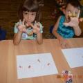 Дидактическая игра «Цветные резиночки»