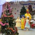 Сценарий новогоднего утренника «По следам Деда Мороза» (старшая группа)
