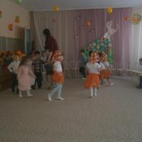 Фотоотчет о празднике «8 Марта» во второй младшей группе