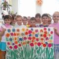 Мастер-класс «Поздравительный плакат для мам к празднику «8 Марта» (старшая группа)