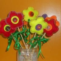 Мастер-класс по изготовлению подарка для мамы «Цветок любимой мамочке»