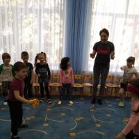 Фотоотчет о развлечении детей к празднику Пасхи в средней группе