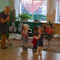 Конспект совместной игровой деятельности для детей первой младшей группы «Путешествие в зимний лес»