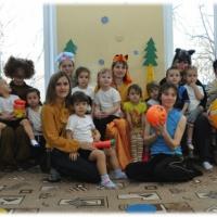 Досуг физкультурный с участием родителей по мотивам русской народной сказки «Колобок» (средняя группа)
