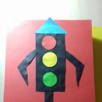 Формирование и закрепление у детей знаний по ПДД в игровой форме. Лэпбук «Светофор научит нас!»