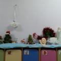 Выставка детско-родительских работ «Новый год, Новый год по сугробам к нам идет» во второй младшей группе (фотоотчет)