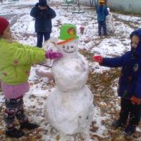 Первый снег, первые снежные бабы. Прогулка (фотоотчёт)
