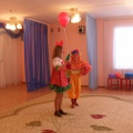 «Сюрпризы для мамы» Сценарий праздника для детей второй младшей группы