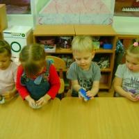 Игры по ознакомлению детей 3–4 лет с предметным и социальным окружением