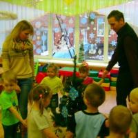Игры, конкурсы для проведения зимних досугов и развлечений в детском саду