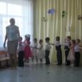 Фотоотчёт развлечения «Весеннее солнышко и дети».