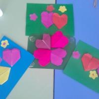 Детский мастер-класс «Сердечки для мамы»