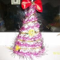 Фотоотчёт «Новогодние поделки из мишуры и тканей»