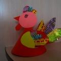 «Петушок». Мастер-класс из бумаги с использованием бросового материала конфетных фантиков