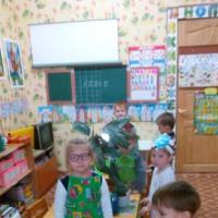 Конспект НООД в старшей группе с фотоотчётом «Капитошка в гостях у ребят»