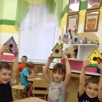«Домик для скворца». Конспект ООД по изготовлению поделки с детьми среднего возраста