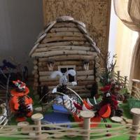 Мастер-класс «Конструирование из природного материала «На лесной опушке заюшкина избушка»