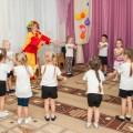 Сценарий спортивного развлечения для детей средней группы «Быть здоровым с клоуном Тяпой»