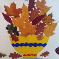 Коллективная аппликация из листьев «Осенний букет»