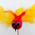 Мастер-класс «Птичка невеличка» (поделка из бросового материала)