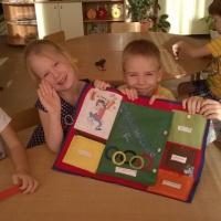 Конспект совместной деятельности с детьми старшего дошкольного возраста «Зимние забавы» с лэпбуком