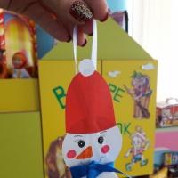 Фотоотчет о создании объемной игрушки «Снеговик» из бумаги