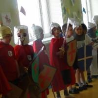 Спортивный праздник для детей старшей и подготовительной к школе группы «Юные рыцари»