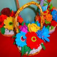 Мастер-класс с использованием плетения из бумажных трубочек «Корзиночка с цветами из фоамирана»