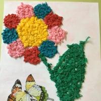 Занятие НОД по аппликации из бумажных салфеток «Объёмный цветочек»