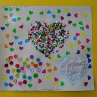 Мастер-класс «Праздничные сердечки» из пайеток, пуговиц и бисера