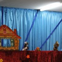 Фотоотчёт о развлечении с показом кукольного театра родителями для детей по проекту «Правила безопасности»