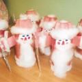 Дед Мороз из ваты и цветной бумаги