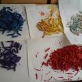 Бусы из цветных макарон для мамы
