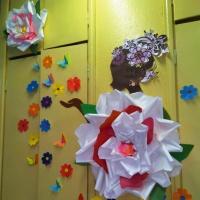 Подарки для мам и оформление группы к празднику 8 Марта
